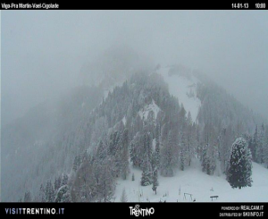 Fresh snow at Vigo di Fassa Catinaccio